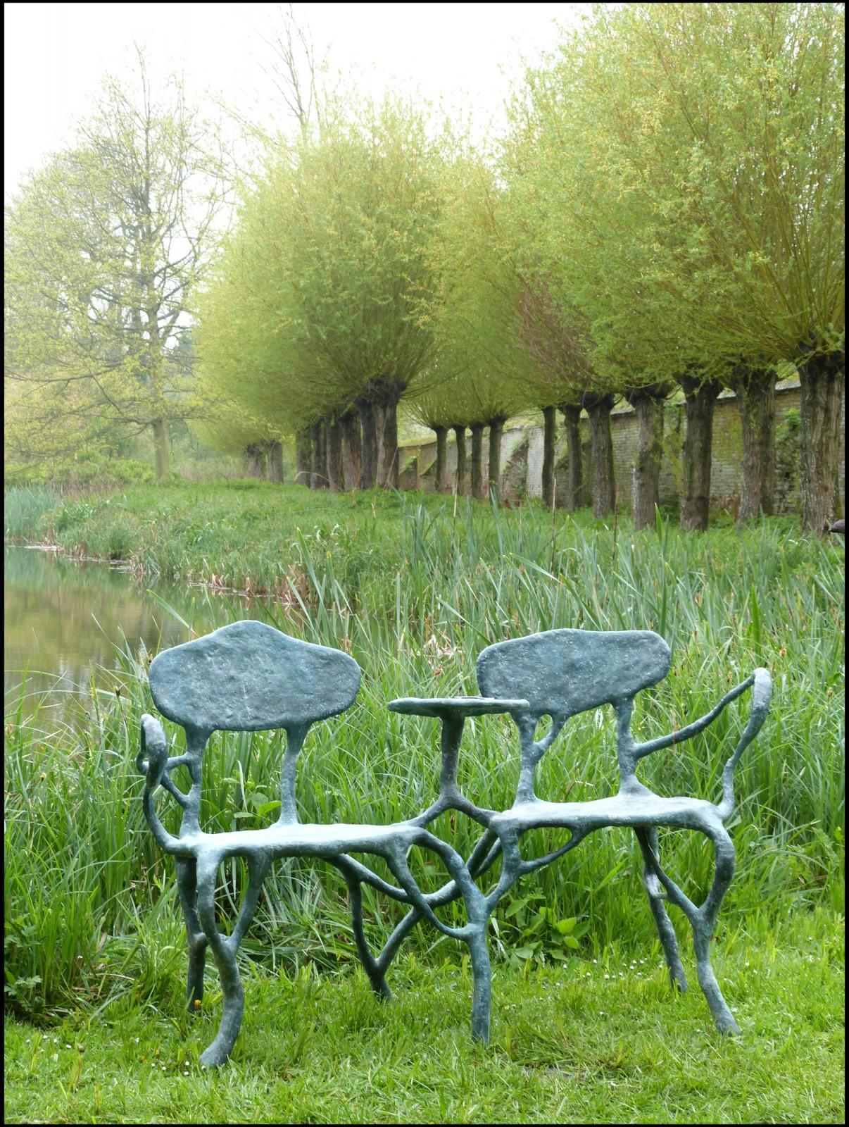 Les folies organiques de xavier dumont zone franche for Jardin xavier