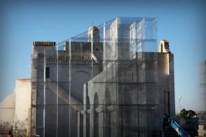 Linstallazione-di-Edoardo-Tresoldi-per-la-Basilica-paleocristiana-di-Siponto-©-Giacomo-Pepe-3[1]